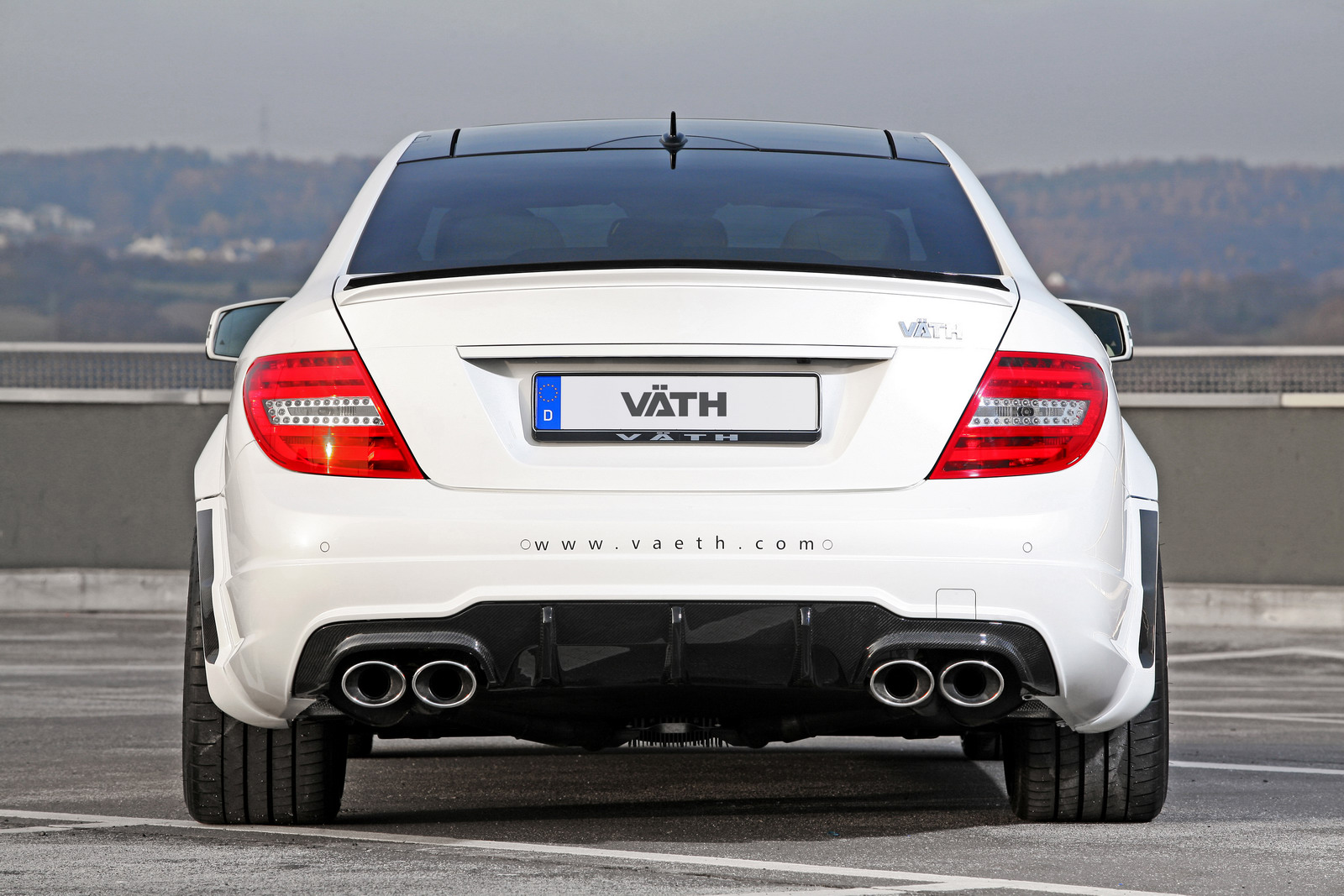 mercedes benz c63 amg coupe 680 hp autoomagazine. Black Bedroom Furniture Sets. Home Design Ideas